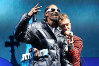snoop-gorillaz-glastonbury-2010